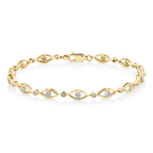 Bracelet with 0.20 TW of Diamonds in 10ct Yellow Gold