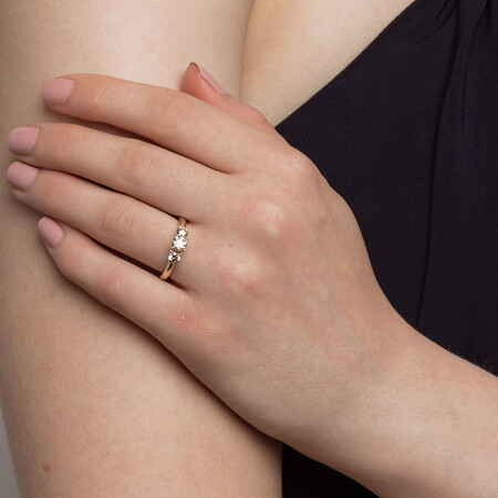 Three Stone Engagement Ring with 1 Carat TW of Diamonds in 14ct Yellow Gold