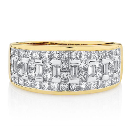 Ring with 1.5 Carat TW of Diamonds in 14ct Yellow Gold