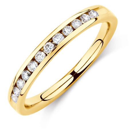 Wedding Band with 1/4 Carat TW of Diamonds in 14ct Yellow Gold