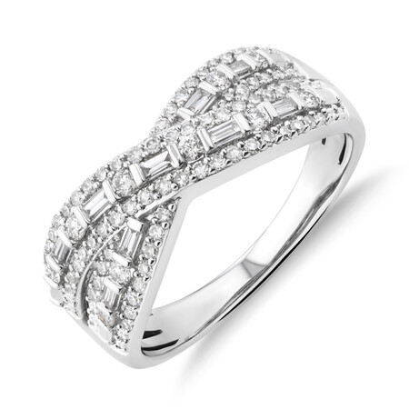 Ring with 0.50 Carat TW Of Diamonds in 10ct White Gold