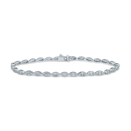 Bracelet with 1.50 Carat TW of Diamonds in 10ct White Gold