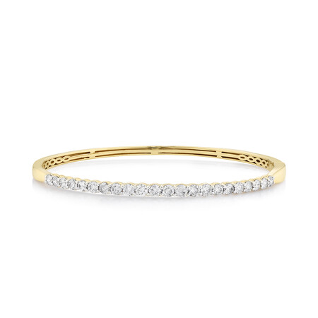 Hinged bangle with 2 Carat TW of Diamonds in 14ct Yellow Gold