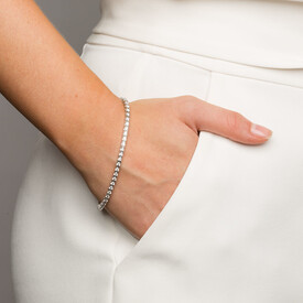 Tennis Bracelet with 3 Carat TW of Diamonds in 18ct White Gold