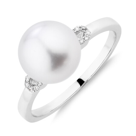 Ring With Cultured South Sea Pearl & 0.5 Carat TW Diamonds In 14ct White Gold