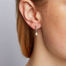 Drop Earrings with Cultured Freshwater Pearl in 10ct White Gold