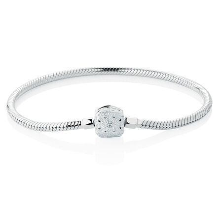 """17cm (7"""") Flower Clasp Bracelet in Sterling Silver"""