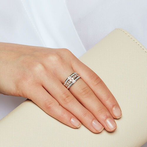 Ring with 0.80 Carat of Diamonds in 10ct White & Rose Gold
