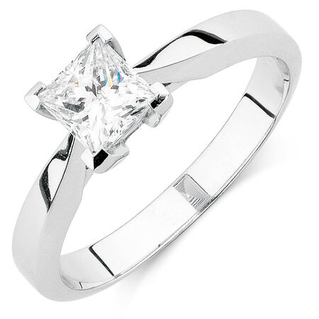 Certified Solitaire Engagement Ring with a 0.70 Carat TW Diamond in 18ct White Gold