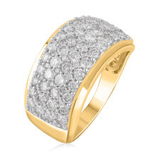 Ring with 1.75 Carat TW of Diamonds in 10ct Yellow Gold