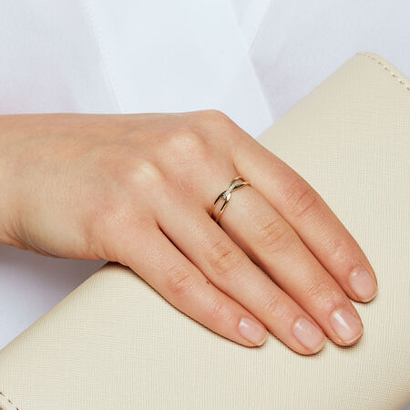 Ring with Diamonds in 10ct Yellow & White Gold