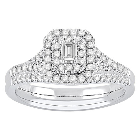 Bridal Set with 0.60 Carat TW of Diamonds in 14ct White Gold