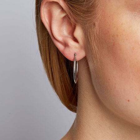 Oval Hoops in 10ct White Gold
