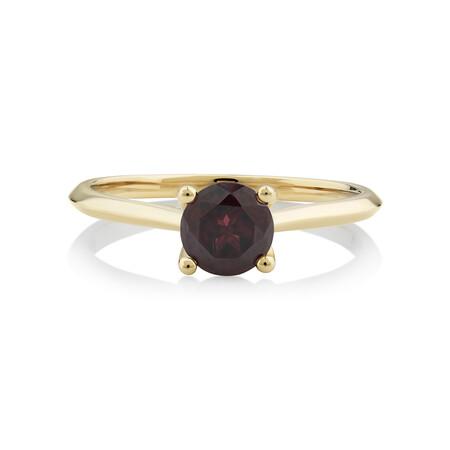 Garnet Ring in 10ct Yellow Gold