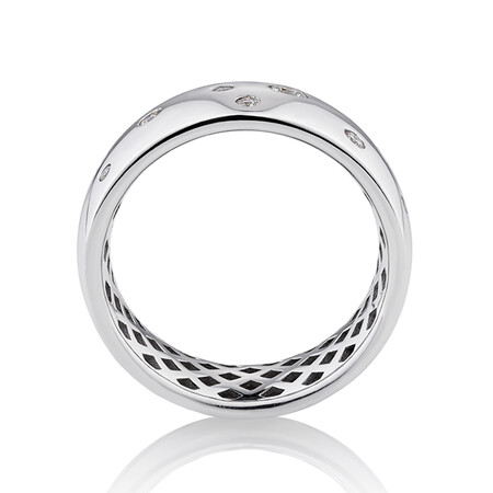 Hammer Set Barrel Ring with 0.20 Carat TW of Diamonds in 10ct White Gold
