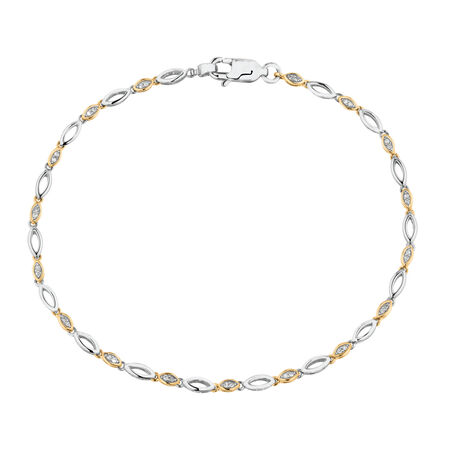 Fancy Bracelet with Diamonds with 10ct White Gold