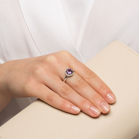 Online Exclusive - Ring with Amethyst & Diamonds in 10ct White Gold