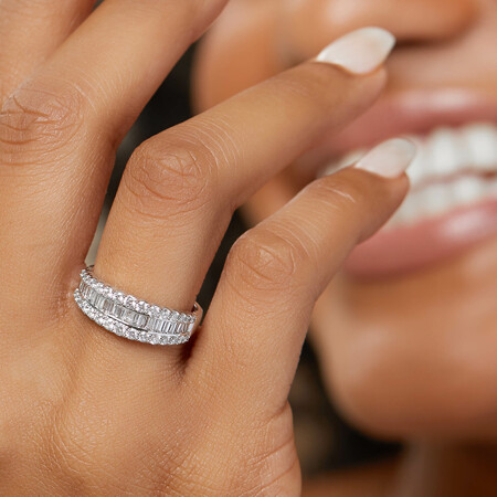 Ring with 1 Carat TW of Diamonds in 14ct White Gold