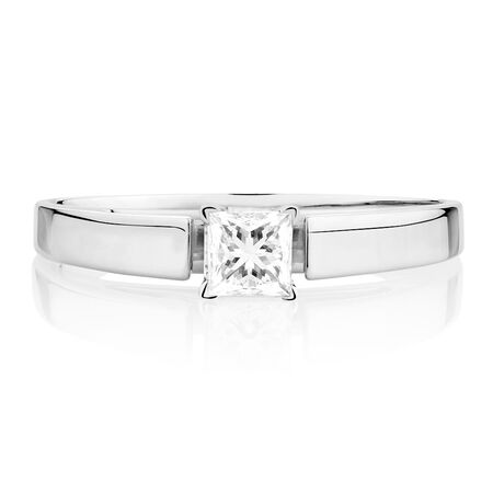 Solitaire Engagement Ring with a 0.29 Carat Diamond in 14ct White Gold