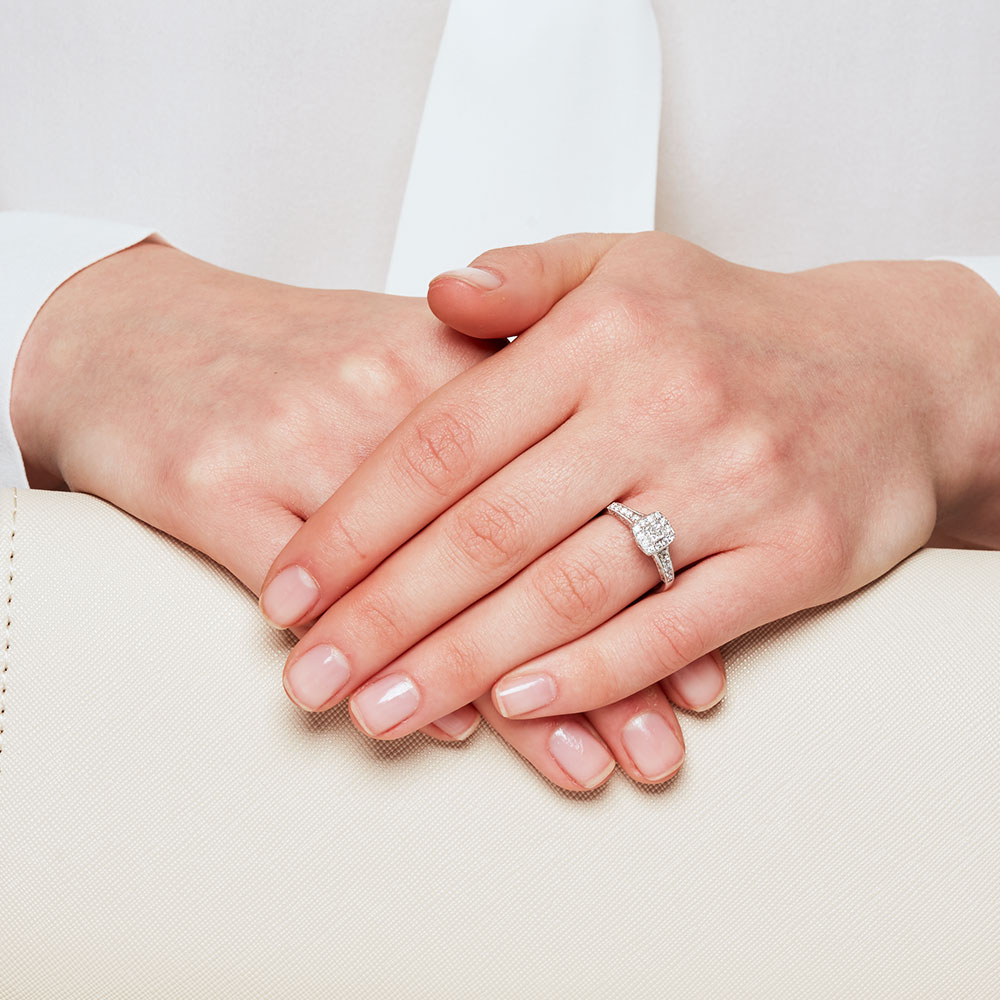 Engagement Ring With 0.40 Carat TW Of Diamonds In 14ct